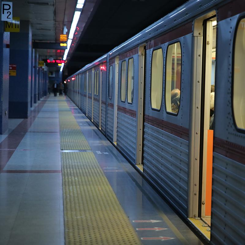 Ankara U-Bahnen – Aufzug