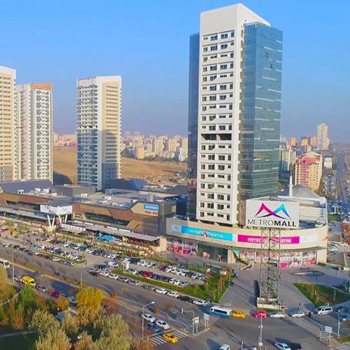 Metromall Einkaufs-Büro- und Lebenszentrum / Ankara